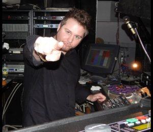 DJ Patrick Saccoccia performing4