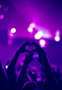 floridadiscjockeys EDM heart pic2